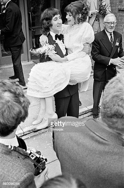 Wedding of The Who rock group guitarist Pete Townshend and Karen Astley at Didcot Registry Office. 20th May 1968.