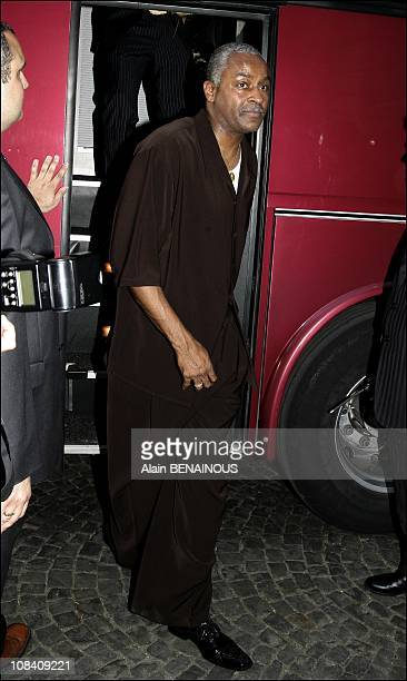 Wedding of the year Diner for Eva Longoria and Tony Parker with their friends and family arriving at the Baccarat restaurant after the civil ceremony...
