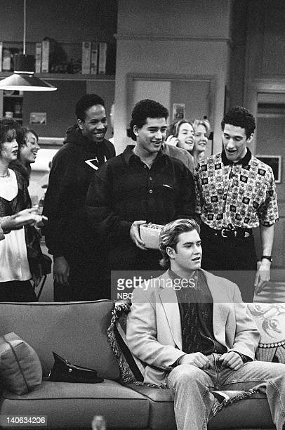 YEARS 'Wedding Plans' Episode 19 Air Date Pictured Mario Lopez as AC Slater MarkPaul Gosselaar as Zack Morris Dustin Diamond as Screech Powers Photo...