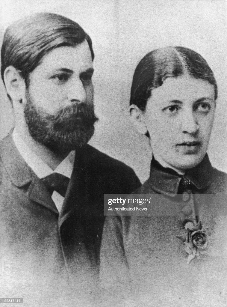Wedding Portrait Of Sigmund & Martha Freud : News Photo