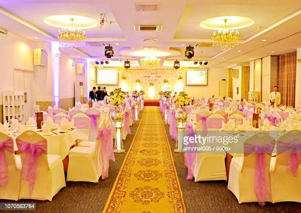 wedding restaurant - banquet hall stock pictures, royalty-free photos & images