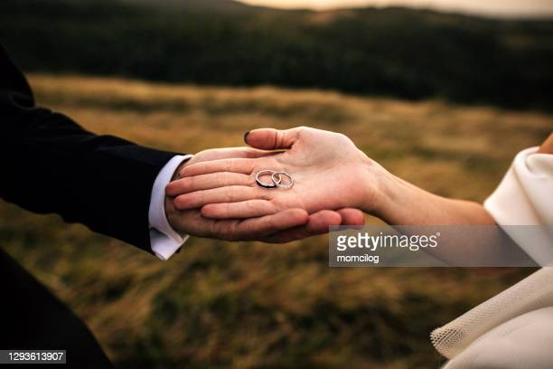 wedding rings - white gold stock pictures, royalty-free photos & images