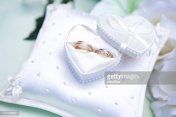 wedding rings - engagement ring box stock photos and pictures