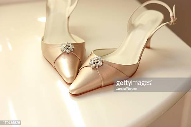 scarpe da sposa - cerimonia foto e immagini stock