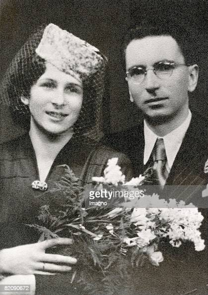 Weddingphoto of Viktor Frankl and Tilly Grosser, Photograph, 1941... News  Photo - Getty Images