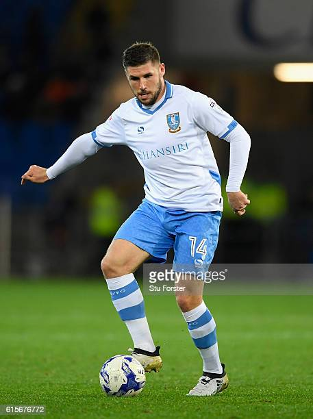 Wednesday player Gary Hooper in action during the Sky Bet Championship match between Cardiff City and Sheffield Wednesday at Cardiff City Stadium on...