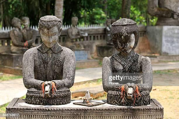 A weeding commitment family sculpture,SalaKaew Kua