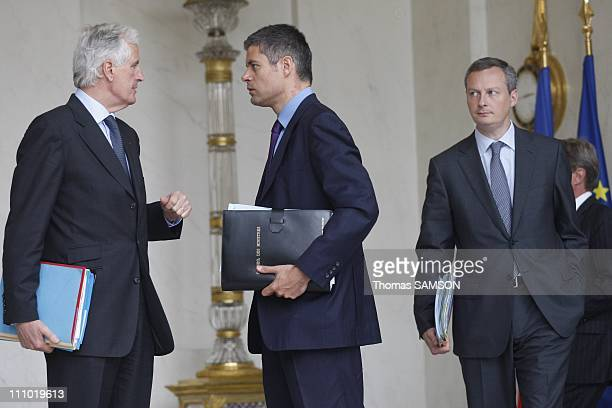 Weekly Ministers Council at the Elysee Palace in Paris France on May 06th 2009 Michel Barnier agriculture Minister Laurent Wauquiez State Secretary...