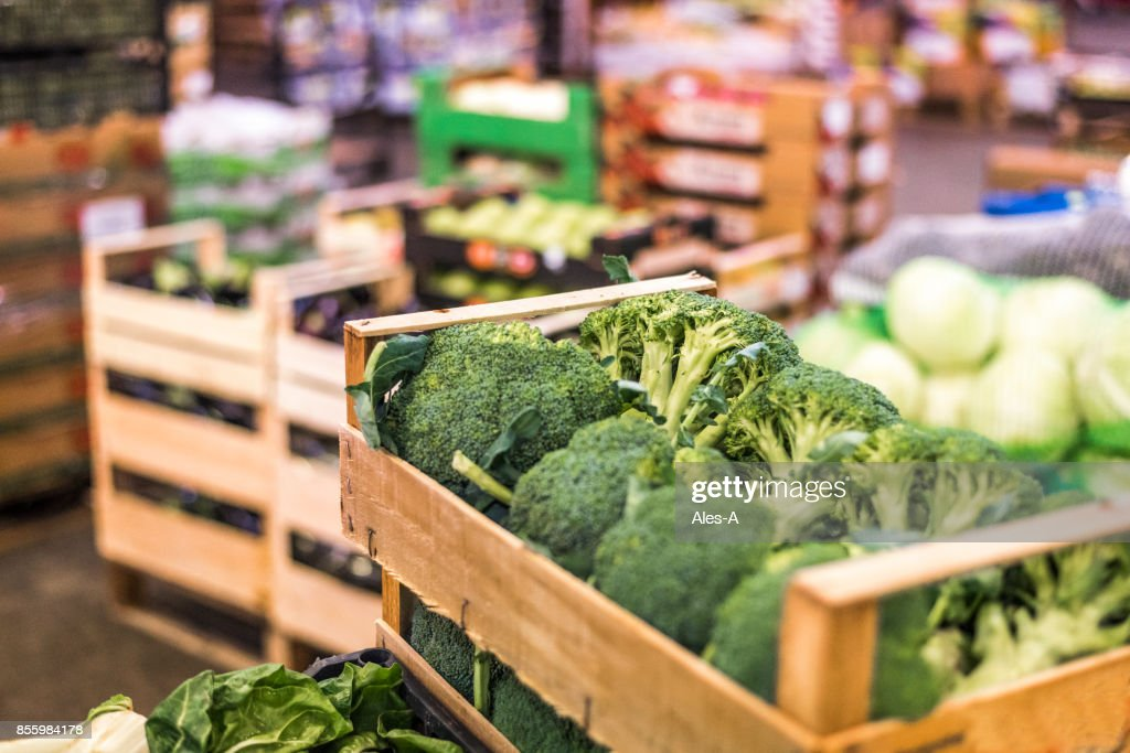 Wegetables in een magazijn : Stockfoto