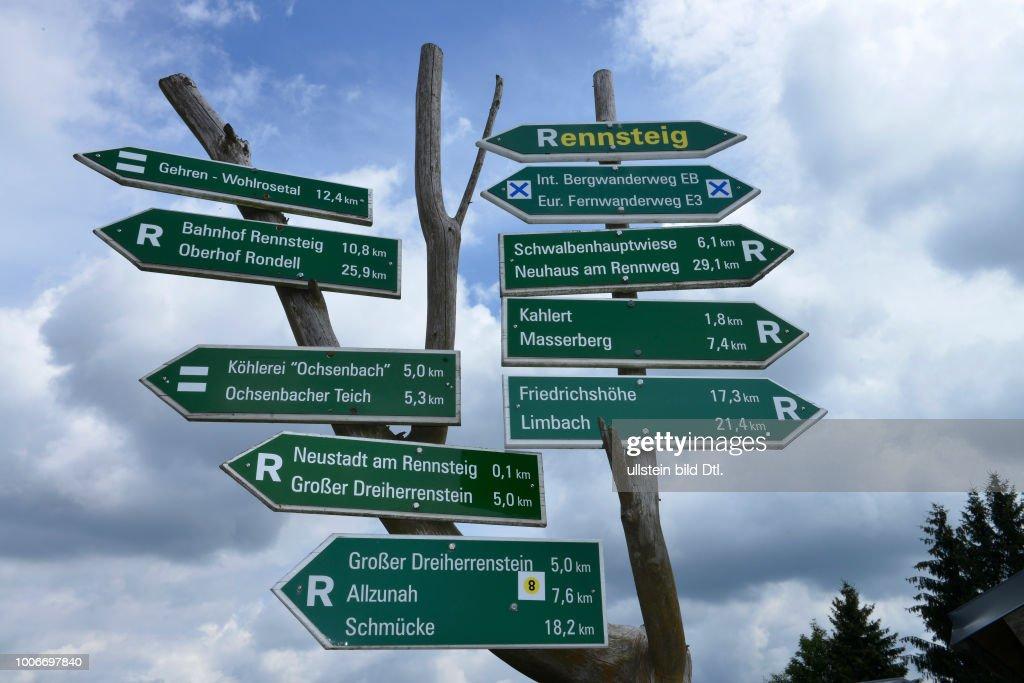 Wegweiser Neustadt Am Rennsteig Thueringer Wald Thueringen