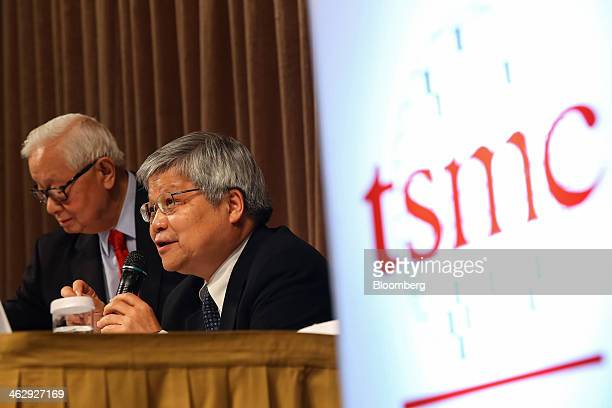 Wei Che-Chia, co-chief executive officer and co-president of Taiwan Semiconductor Manufacturing Co. , right, speaks as Morris Chang, chairman, looks...