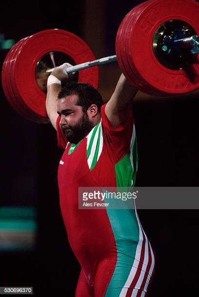 weightlifter at 1996 olympic games - 1996 summer olympics atlanta stock pictures, royalty-free photos & images
