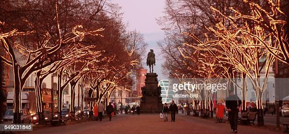 Unter Den Linden Weihnachtsbeleuchtung.Weihnachtsbeleuchtung Unter Den Linden News Photo Getty Images