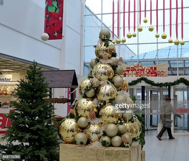 Weihnachtsdekoration im Mueggelpark Center in Gosen