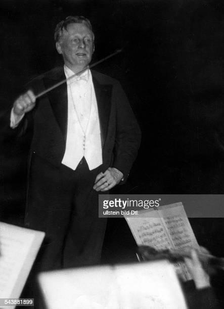 Weisbach Hans Conductor Germany*19171885 Photographer Curt Ullmann Published by 'Sieben Tage' 50/1937Vintage property of ullstein bild