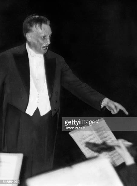 Weisbach Hans Conductor Germany*19171885 Photographer Curt Ullmann Published by 'Hier Berlin' 50/1937Vintage property of ullstein bild