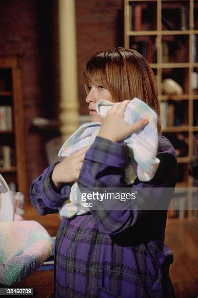 ER Welcome Back Carter Episode 1 Air Date Pictured Kathleen Wilhoite as Chloe Lewis