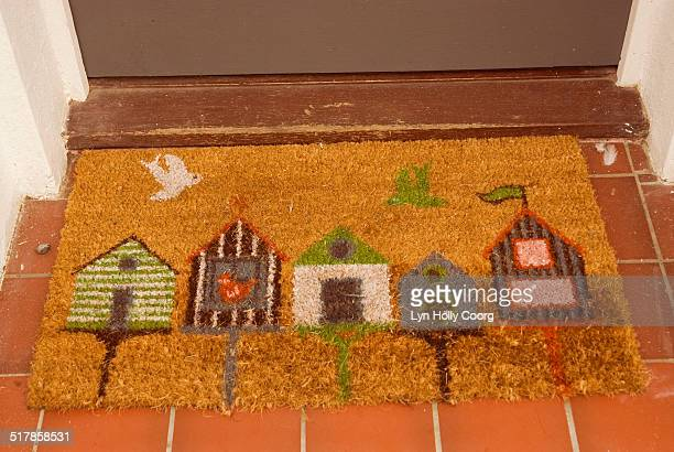 welcome doormat - lyn holly coorg stock pictures, royalty-free photos & images