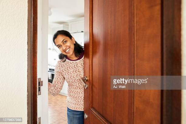 welcome home - door stock pictures, royalty-free photos & images