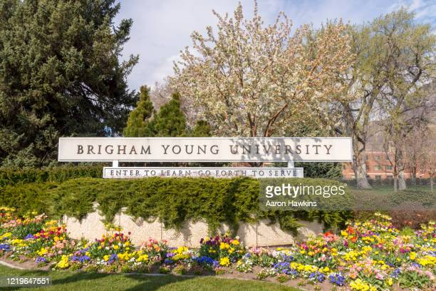welcome sign banner at the edge of the brigham young university campus - provo stock pictures, royalty-free photos & images