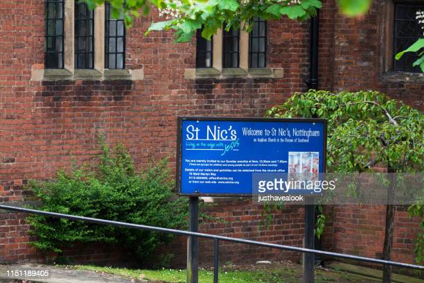 welcome sign to st nic's church and community - place of worship stock pictures, royalty-free photos & images