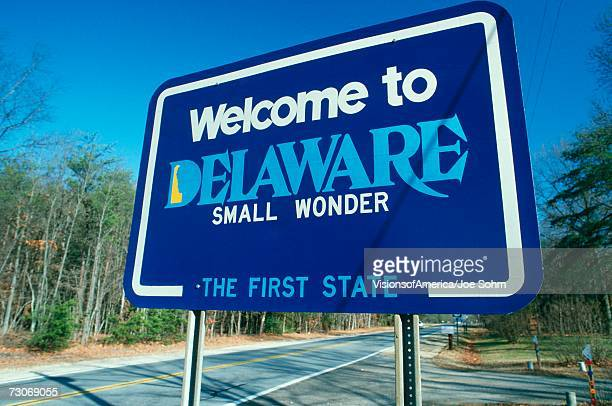welcome to delaware sign - デラウェア州 ストックフォトと画像
