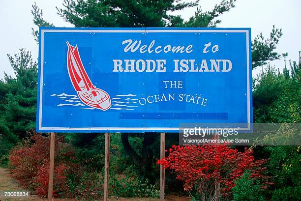 welcome to rhode island sign - rhode island stock pictures, royalty-free photos & images
