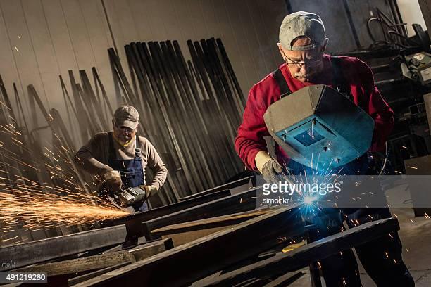 Schweißer-Arbeiten in der Werkstatt