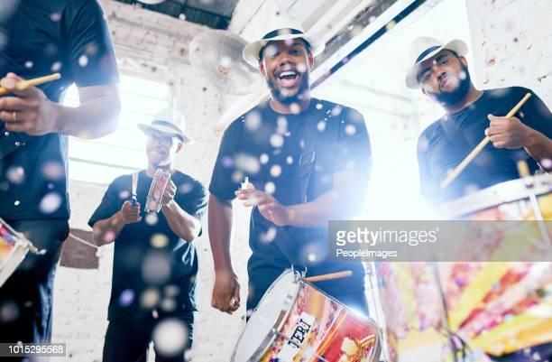 we'll supply the energy - carnaval imagens e fotografias de stock