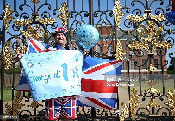 Well wishers place balloons and flags outside Kensington Palace as Prince George of Cambridge turns 1 on July 22 2014 in London England Prince George...