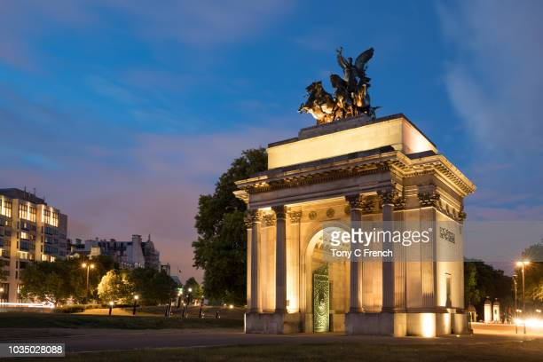 wellington arch - hyde park london stock photos and pictures