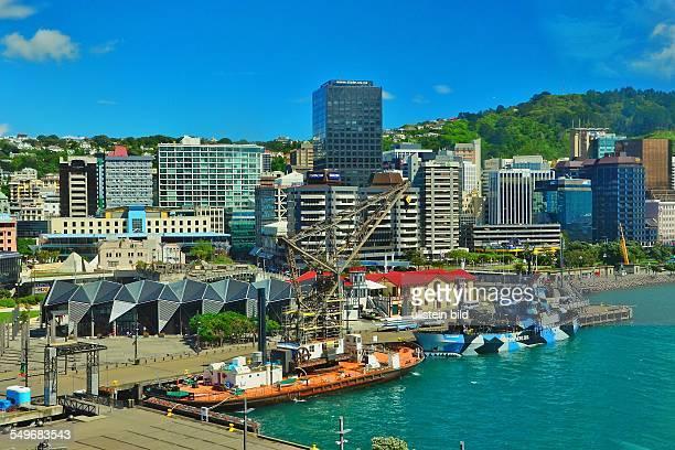 Wellington Blick vom Museum of New Zealand/Te Papa Tongarewa auf die Stadt und Schiffe im Lambton Harbour