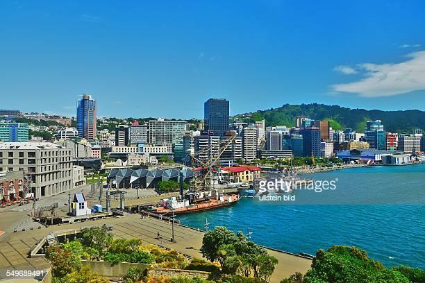 Wellington Blick vom Museum of New Zealand/Te Papa Tongarewa auf die Stadt rechts das Hafenbecken des Lambton Harbour