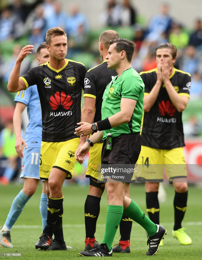 A-League Rd 4 - Melbourne City v Wellington : News Photo