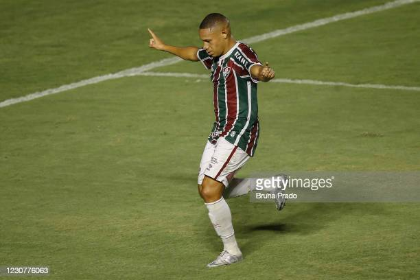 Wellington Silva of Fluminense celebrates after scoring a goal by penalty kick during the match between Fluminense and Botafogo as part of the...