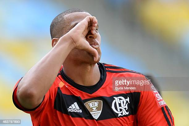 Wellinton of Flamengo celebrates a scored goal against Audax during the match between Flamengo and Audax for the Carioca 2014 at Maracana on January...