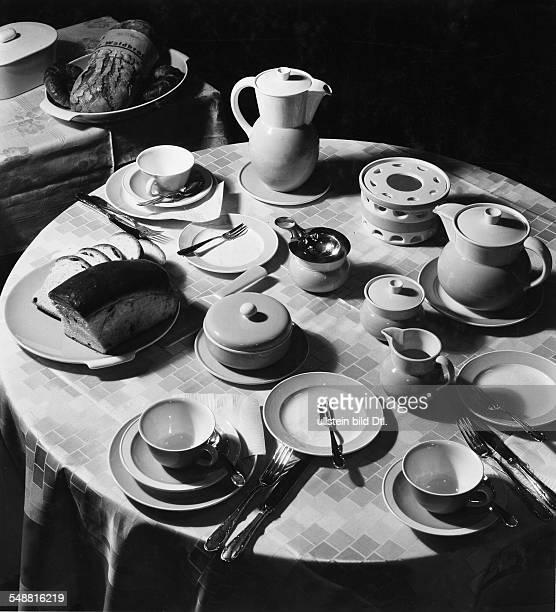 Welllaid table for breakfast Photographer Fotografisches Atelier Ullstein Published by 'Das Blatt der Hausfrau' 09/1934 Vintage property of ullstein...