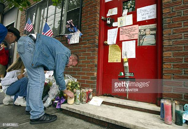 Wellwishers light candles for former mob boss John Gotti outside the Bergin Hunt and Fish Club in Queens New York 15 June 2002 The former head of the...