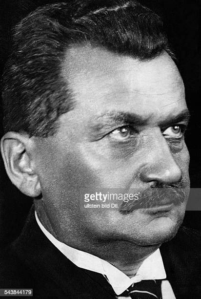 Wels, Otto - Politician, Germany*1873-1939+- SPD - Photographer: Dephot- Published by: 'Berliner Illustrirte Zeitung' 39/1930Vintage property of...