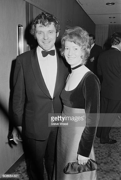 Welsh actor Anthony Hopkins and his partner Jennifer Lynton at the premiere of the film 'When Eight Bells Toll' London UK 9th March 1971 Hopkins...