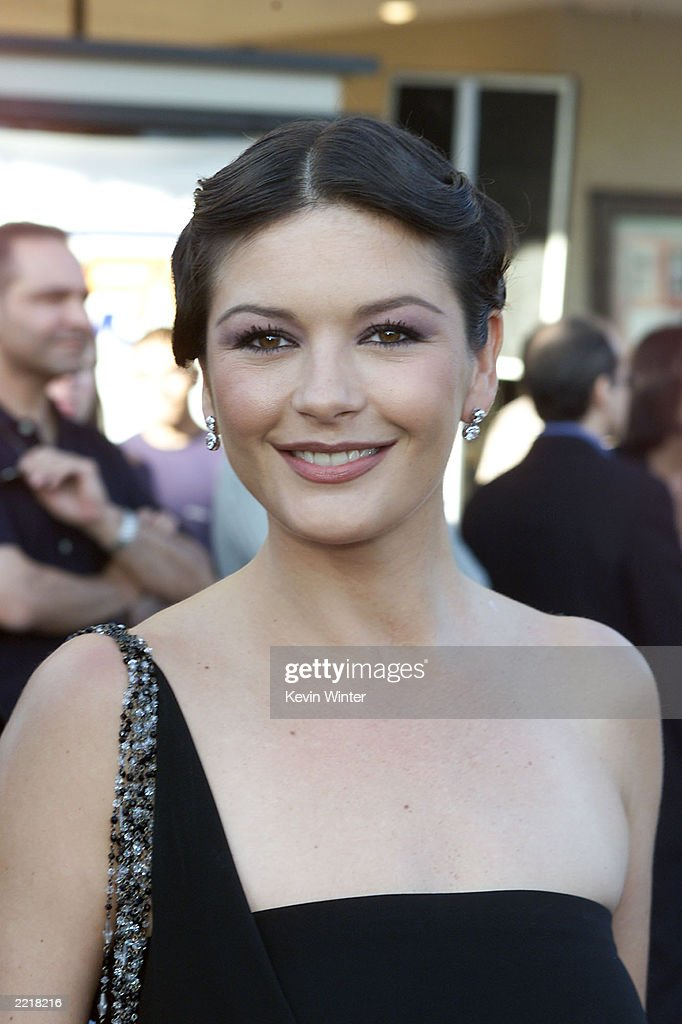 Catherine Zeta Jones At Premiere : News Photo