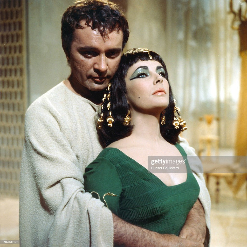 On the set of Cleopatra : News Photo