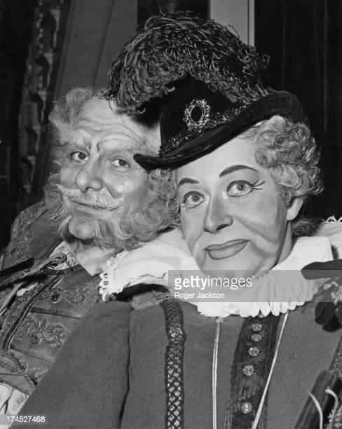 Welsh baritone Geraint Evans as 'John Falstaff' and Regina Resnik as 'Mistress Quickly' pose for a picture during rehearsals for 'Falstaff' at the...