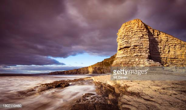 welsh coastline - glamorgan stock pictures, royalty-free photos & images