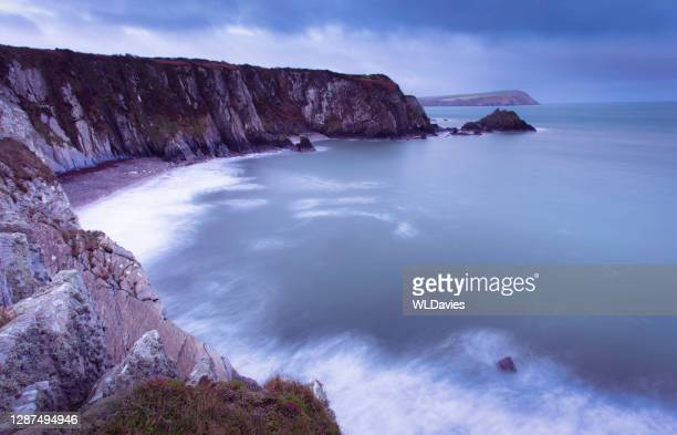 welsh coastlines - newport wales stock pictures, royalty-free photos & images