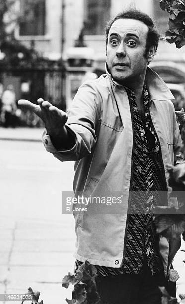 Welsh comic actor Victor Spinetti August 1975