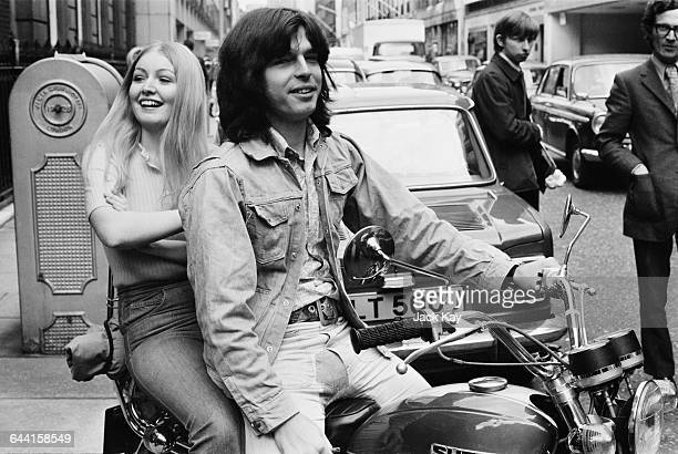 Welsh folk singer Mary Hopkin and her record producer Tony Visconti in London UK 17th June 1971
