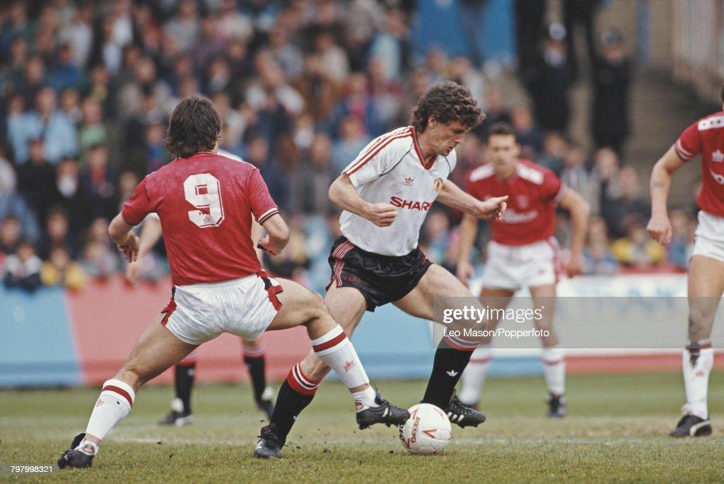 Charlton Athletic v Manchester United : News Photo