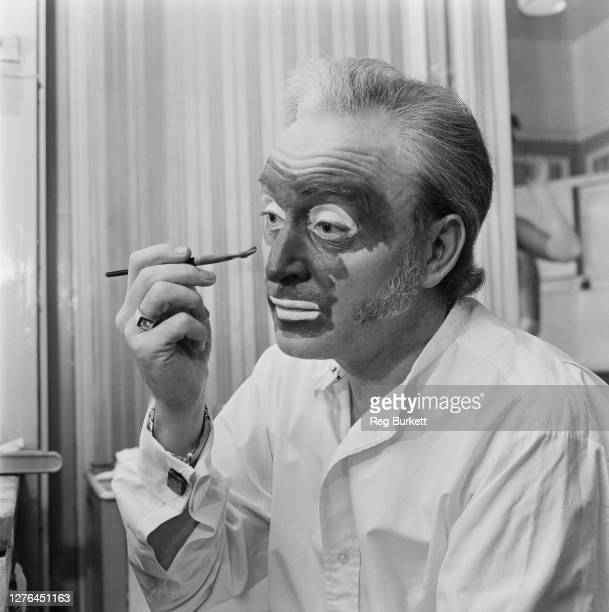 Welsh singer Dai Francis makes up for a final performance as he leaves the cast of 'The Black and White Minstrel Show' UK 4th November 1972