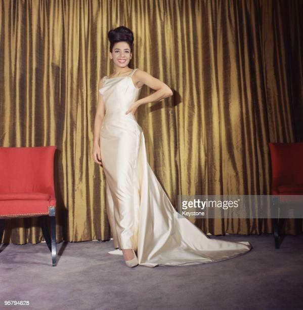 Welsh singer Shirley Bassey circa 1960